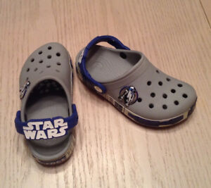 Crocs Kids' Crocband Star Wars R2D2  - Size  10/11