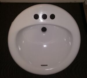 White Round Bathroom Ceramic Sink 19''