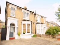 Spacious 2 Bedroom Furnished Flat Short Walk To Archway Northern Line And Finsbury Park Station