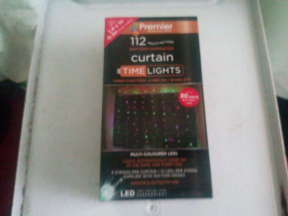 Battery operated curtain lights FULLY automatically programmable brand new