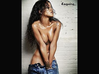 RIHANNA ESQUIRE MAGAZINE UK BRAND NEW LIKE LUI TOPLESS WEAR ALMOST NOTHING (Lui Rihanna)