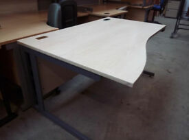 Maple effect office desk (3x available)