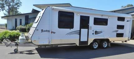 2010  Family caravan