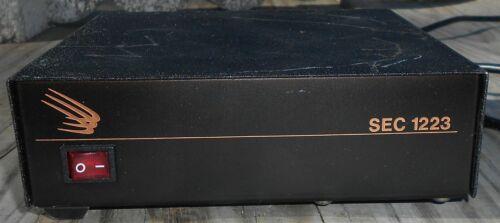 SEC-1223 Samlex America 23 Amp 13.8 VDC Switching DC Power Supply, Works Fine
