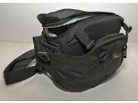 Lowepro Inverse 100 AW Photo Beltpack for DSLR