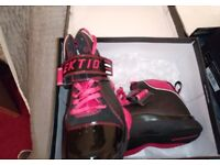 Ektio Breakaway Ankle Support Basketball Shoes