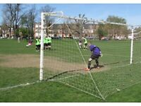 GOALKEEPER WANTED, FREE LEAGUE GAMES FOR GOALKEEPERS IN SOUTH LONDON a82hg