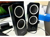 Logitech Z200 PC Speakers, Stereo Sound, 2 x 3.5mm Inputs