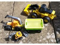 KIDS TOY LARGE PLASTIC DIGGERS, JCB, Excavators, Construction, Truck. Ideal for Sand Pits