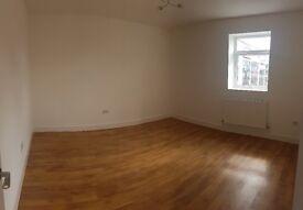 Double Room in Crawley