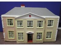 Dolls House, for restoration ideal project £20 or make us an offer