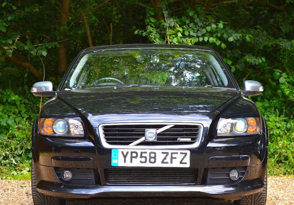 volvo c30 2 4 d5 r design sport geartronic 2dr automatic full service history 2009 54 810 mls. Black Bedroom Furniture Sets. Home Design Ideas