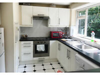 2 bedroom maisonette with garden - Winchmore Hill