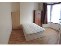 Large Double Room in Forest Gate, E7