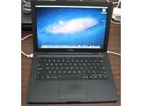 Macbook Black Apple laptop Intel 2.16ghz Core 2 duo with 250gb hard drive fully working