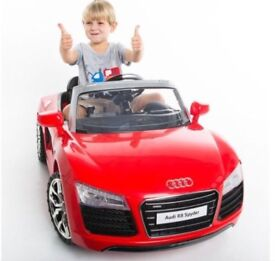 Licensed 12v Audi R8 ride on car with remote control music and lights (leeds) only £160
