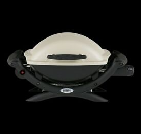 Weber Q1000 Gas Grill with extras