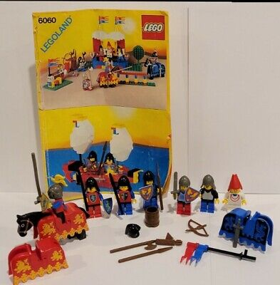 LEGO #6060 Minifigs Horse Weapons Castle Lion Knights Challenge Incomp. w/MANUAL