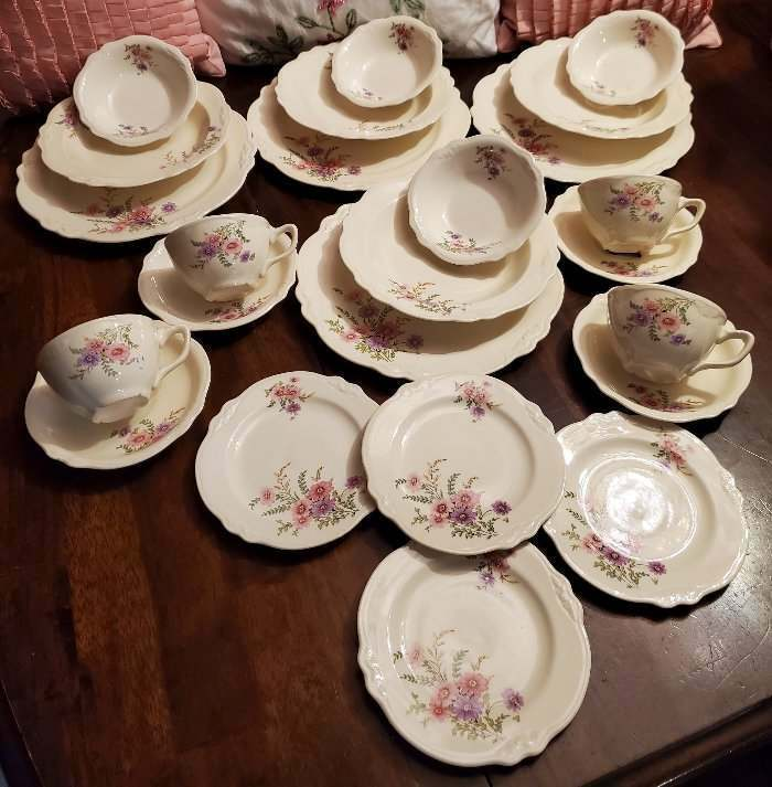 Homer Laughlin Virginia Rose Four 6 Piece Place Settings 24 Pcs #2