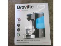 Brand new in box Breville kettle