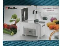 ❤Brand new Mueller spiral pro 4 blade Spiralizer and recipe books❤