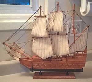 Wood Sailing Boat Model