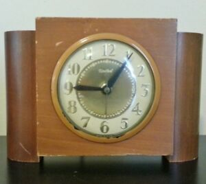 Horloge électrique Art Deco vintage United
