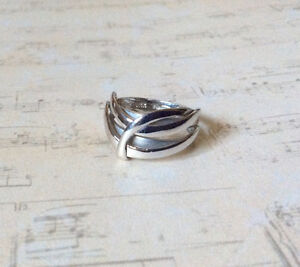 SOLID 14K WHITE GOLD WIDE BAND RING West Island Greater Montréal image 1