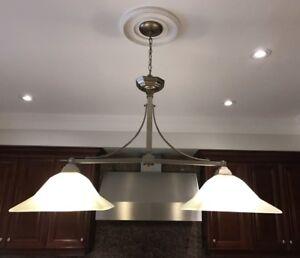 Gray/white chandelier lamp/light