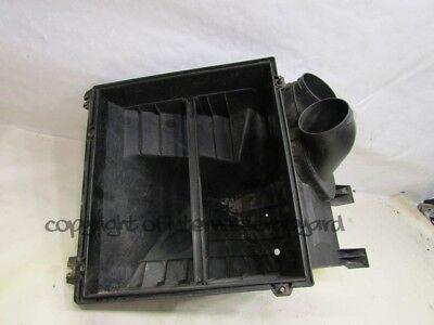 Audi A8 D2 97-02 pre-facelift 3.7 V8 AEW air filter air box base lower section