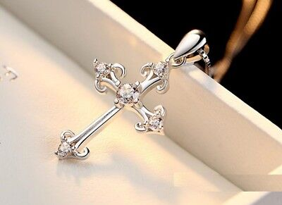 Cross 925 Sterling Silver Micro-inlay 1.0 Ct Cubic Zirconia Pendant Necklace