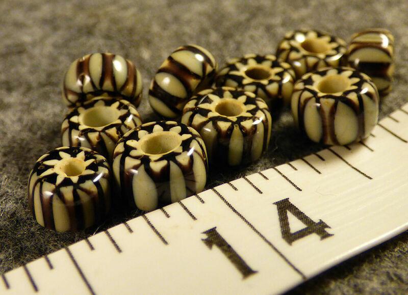 (10) Fur Trade Era Indian 6 Layer Chevron Glass Trade Beads Black White Very Old