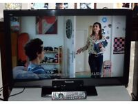 """NEW CONDITION* PANASONIC VIERA 32"""" INTERNET LCD TV HD READY FREEVIEW INBUILT CHANNELS"""