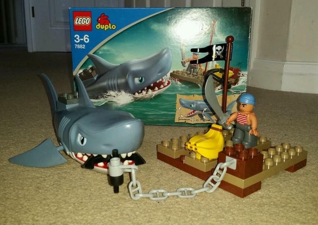 Lego Shark Toys : Lego duplo shark attack in forest town