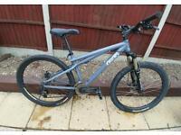 GT Chucker XS.2 Mens Mountain Bike