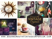 WANTED VINTAGE, INDUSTRIAL, ANTIQUE, FASHION, INTERIOR DESIGN TRADERS