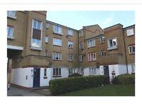 1 bedroom flat to rent in Dadwood, Harlow, Essex
