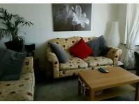 Wesley Barrel Sofa