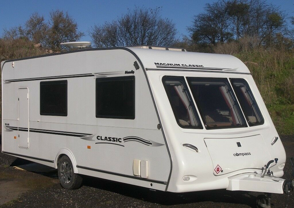 COMPASS MAGNUM 4/5 BERTH +AWNING ALL THE KIT OUTSTANDING CONDITION