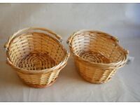 5 cute 11 inch shopping basket for display (NEW)