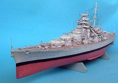 Schlachtschiff  der  Kriegsmarine BISMARCK  Battleship   1:300  Maly Modelarz