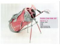 Kids junior golf set the Pink set for 3-5 age brand new in box