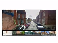 1 Bedroom - Forest Fields NG7 - shared house - Friendly House mates - for friendly social person