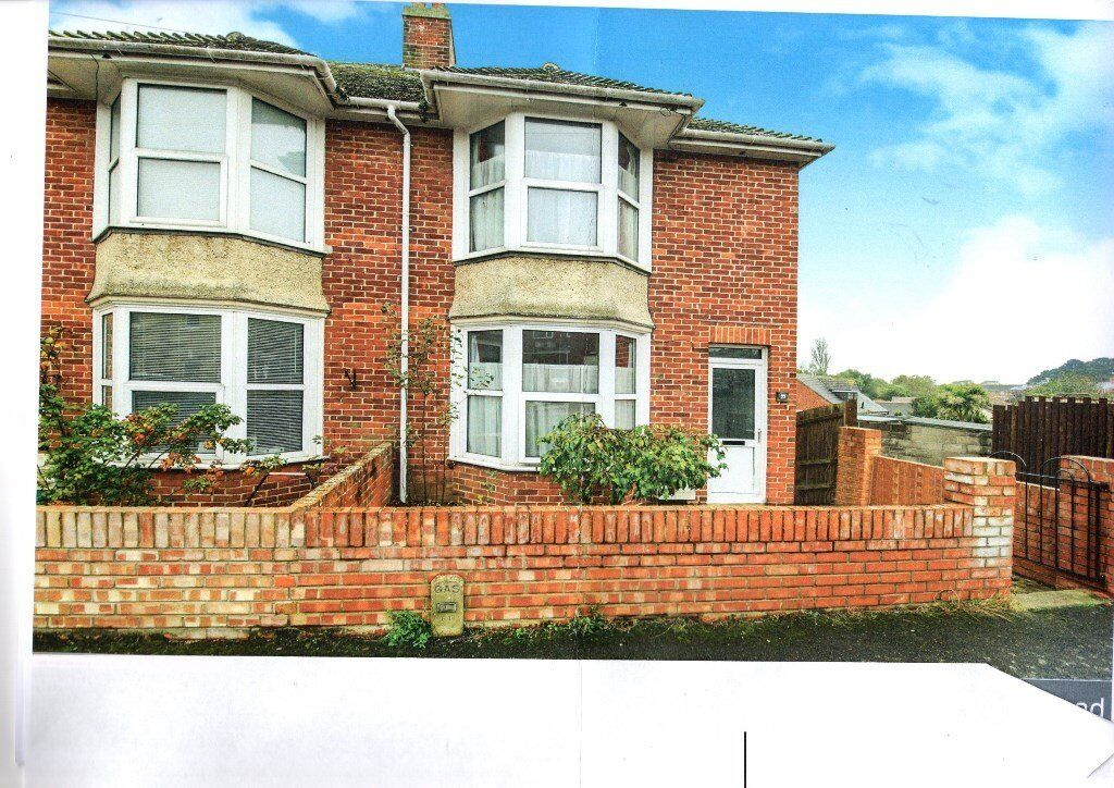 End Terrace House to let, Southview Road, Weymouth