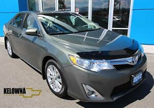 2012 Toyota CAMRY HYBRID LE   Incredible Fuel Economy   BC Local