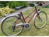Raleigh Freedom 400 ladies bike, excellent condition and high quaility, 21'' frame.