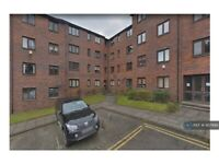 2 bedroom flat in Hanover Court, Glasgow, G1 (2 bed) (#957999)