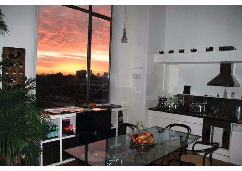 HUGE WAREHOUSE CONVERSION 2 BED FULLY FURNISHED