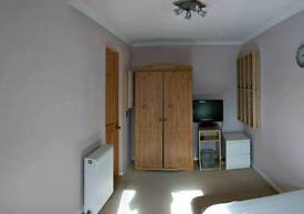 Nice Quiet Large Single Furnished Room with TV/DVD