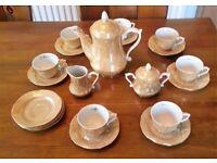Porcelain tea/coffee set.